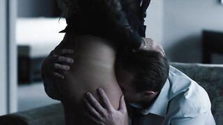"""Cuckold schaut sich Riley Keough beim Ficken mit einem Anwalt in der Serie """"Call Girl"""" an"""