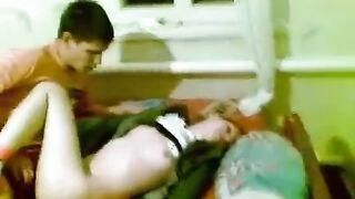 Betrunkener Student wurde unbewusst auf vpiska gefickt