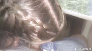 Auf dem Weg zur Hütte machte die Freundin im Zug einen Blowjob