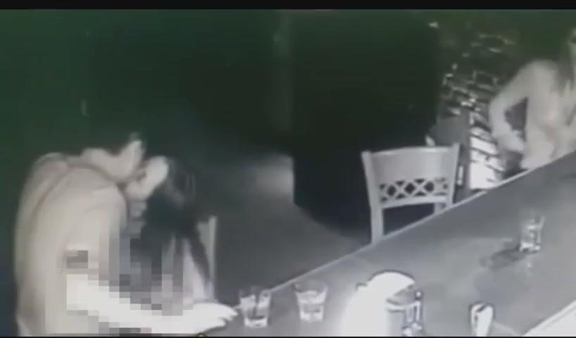 Betrunkenes Mädchen Gangbanged Party