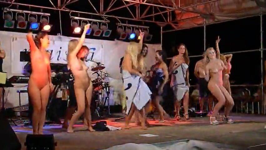 Bühne tanzen auf der nackt Bühne apps.inn.org