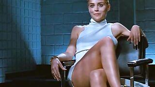 Sharon Stone demonstriert haarige Muschi im Film