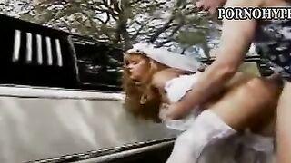 Braut saugt Bräutigam Vater vor der Hochzeit - Retro-Video