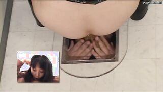 Im Mund zerfetzt ein Bauer wie eine Toilette in einer Toilette