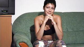 Die Odessa-Bürgerin Svetlana zog sich beim Casting vor Pierre Woodman aus