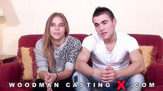 Candybelle fickt Stiefbruder beim Woodman Casting