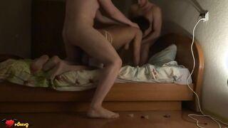 Mann und Bruder ficken seine Frau im Format MZHM Sex